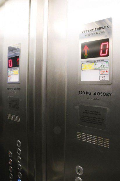 Nové ovládání výtahu