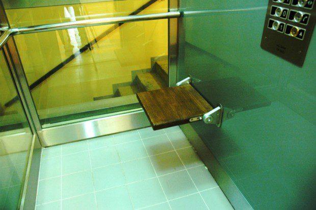 Prosklená kabina výtahu, královehradecké biskupství